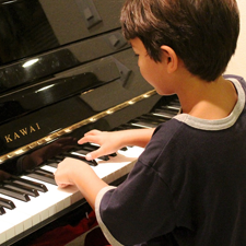 How Piano Lessons Make Your Child Smarter, Happier, and More Confident