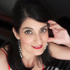 Meet the New Teacher:  Eleni Volonakis